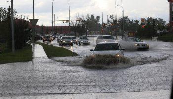 co zrobic gdy zalewa auto